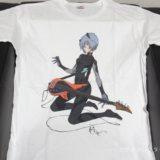 「rockin'star★」ブランド第一弾Tシャツ アヤナミレイ(仮称)×ベース。平松禎史氏の描き下ろし