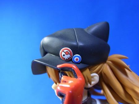 アルター フィギュア アスカのネコミミ帽子のバッジ部分。