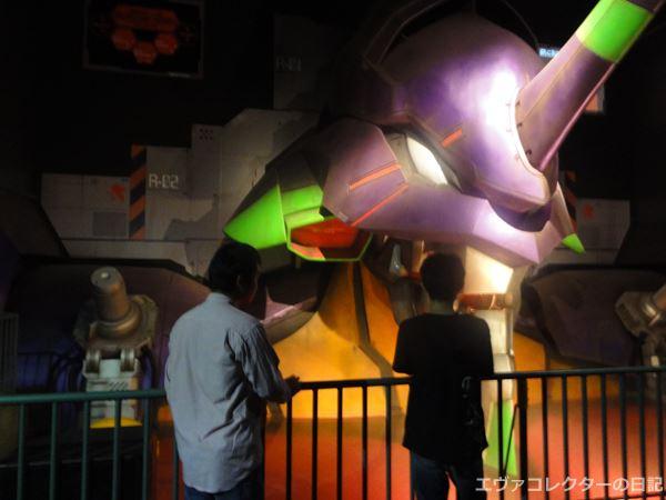 「EVANGELION:WORLD -実物大初号機建造計画-」内にある実物大エヴァ初号機