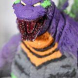 エヴァンゲリオン初号機風のカラーリングにしたフィギュア「S.H.MonsterArts ゴジラ feat.EVA-01」