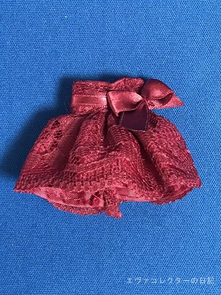 カラー10周年記念イラストのアスカのドレス。